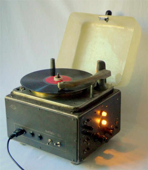 Scratchomat 1, Self-constructed Analog Record-scratch Automat