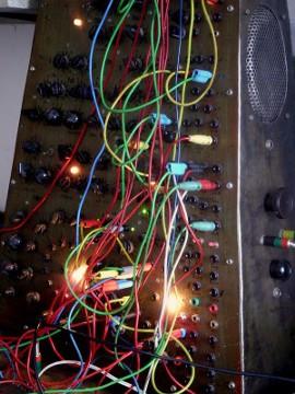 Emulgator, patch area with plugs
